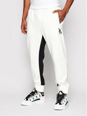 Armani Exchange Armani Exchange Teplákové kalhoty 3KZPLD ZJ1ZZ 6111 Bílá Regular Fit