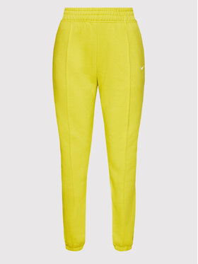 Nike Nike Spodnie dresowe Essential BV4089 Zielony Loose Fit