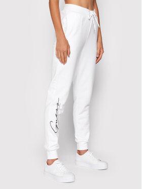 Guess Guess Spodnie dresowe Alexandra O1BA11 KAOR1 Biały Regular Fit