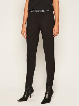 Calvin Klein Jeans Calvin Klein Jeans Medžiaginės kelnės J20J214300 Juoda Slim Fit