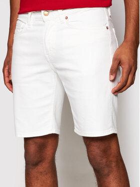 Guess Guess Szorty jeansowe M1GD03 D4CK1 Biały Regular Fit