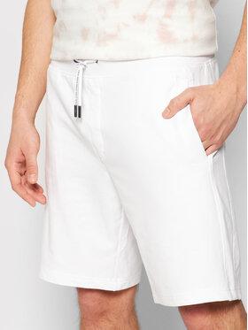 Guess Guess Sportovní kraťasy M1GD54 K6ZS1 Bílá Slim Fit