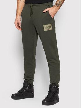 Tommy Jeans Tommy Jeans Teplákové kalhoty Tonal Logo DM0DM11687 Zelená Regular Fit