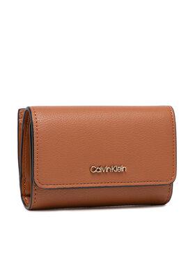 Calvin Klein Calvin Klein Malá dámská peněženka Ck Must Trifold Sm K60K607251 Hnědá