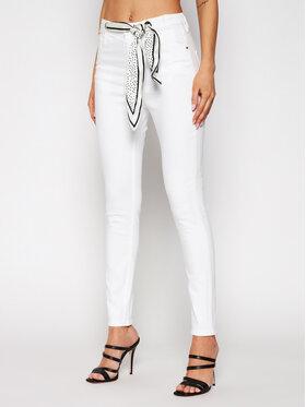 Guess Guess Jeansy W1GA36 D4DN1 Bílá Super Skinny Fit