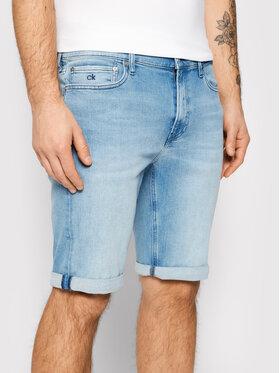 Calvin Klein Calvin Klein Džínsové šortky Light K10K107213 Modrá Slim Fit
