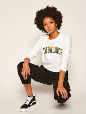 New Balance New Balance Sweatshirt Athletics Varsity Crew WT03514 Weiß Relaxed Fit