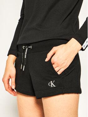 Calvin Klein Jeans Calvin Klein Jeans Szorty sportowe J20J213379 Czarny Regular Fit