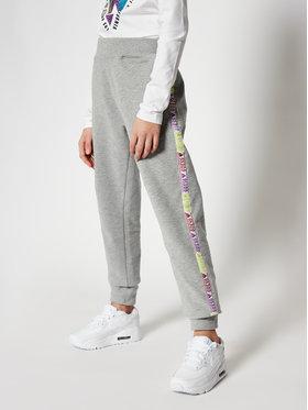 Guess Guess Spodnie dresowe J0YQ08 KA6V0 Szary Regular Fit