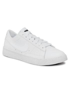 Nike Nike Cipő Blazer Low (GS) 555190 102 Fehér