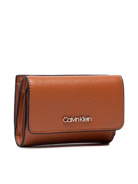 Calvin Klein Calvin Klein Malá dámská peněženka Trifold Sm Saffiano K60K608338 Hnědá