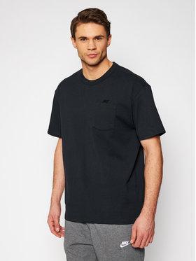 Nike Nike T-shirt Essential DB3249 Crna Loose Fit