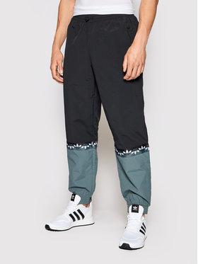 adidas adidas Spodnie dresowe adicolor Slice Trf Tp GN3434 Czarny Regular Fit