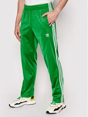 adidas adidas Spodnie dresowe Firebird Tp GN3520 Zielony Regular Fit
