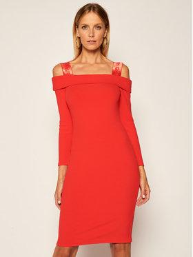 Guess Guess Trikotažinė suknelė Fabiana W0YK76 K8RT0 Raudona Slim Fit