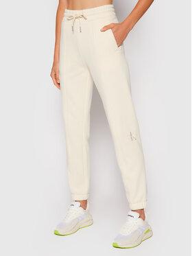 Calvin Klein Jeans Calvin Klein Jeans Spodnie dresowe Essentials J20J216240 Beżowy Regular Fit
