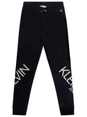 Calvin Klein Jeans Calvin Klein Jeans Melegítő alsó Hero Logo IG0IG00556 Fekete Regular Fit
