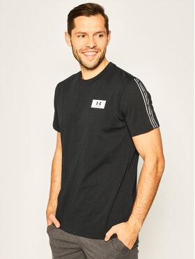 Under Armour Under Armour T-Shirt Performance Shoulder 1351630 Černá Loose Fit