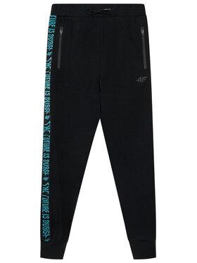 4F 4F Teplákové nohavice HJL21-JSPMD002 Čierna Regular Fit