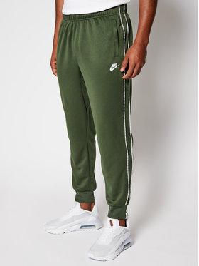 NIKE NIKE Teplákové nohavice Sportswear CZ7823 Zelená Standard Fit