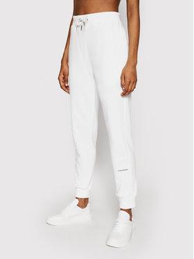 Calvin Klein Jeans Calvin Klein Jeans Sportinės kelnės J20J215518 Balta Regular Fit