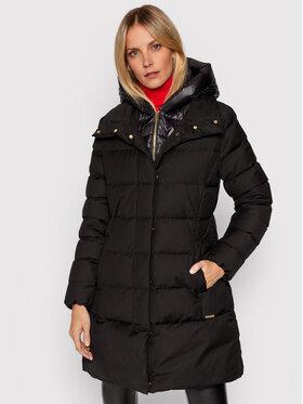 Woolrich Woolrich Vatovaná bunda Prescott Luxe CFWWOU0516FRUT2346 Čierna Slim Fit