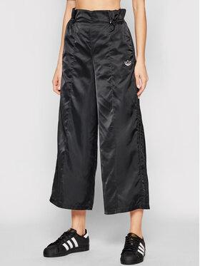 adidas adidas Teplákové kalhoty 7/8 Track Pant GN3110 Černá Relaxed Fit