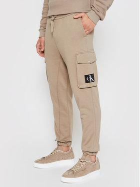 Calvin Klein Jeans Calvin Klein Jeans Teplákové kalhoty J30J318271 Béžová Regular Fit