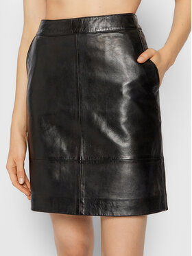 Gestuz Gestuz Kožená sukňa Chargz 10900217 Čierna Regular Fit