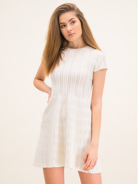 Pinko Pinko Úpletové šaty Ardenne PE 20 BLK01 1G14XT Y64E Slim Fit
