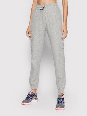 Nike Nike Spodnie dresowe Sportswear Swoosh CZ8905 Szary Standard Fit