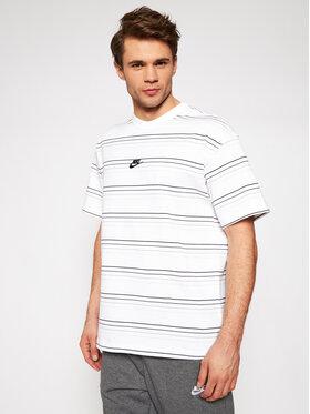Nike Nike T-Shirt Sportswear DB6531 Bílá Loose Fit