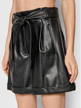 Marella Marella Pantaloni scurți din imitație de piele Gela 37860118 Negru Regular Fit
