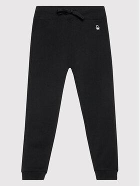 United Colors Of Benetton United Colors Of Benetton Teplákové kalhoty 3J68I0017 Černá Regular Fit