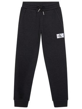 Calvin Klein Jeans Calvin Klein Jeans Teplákové nohavice Monogram IB0IB00519 Čierna Regular Fit