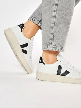 Veja Veja Sneakers V-10 Leather VX020005A Bianco
