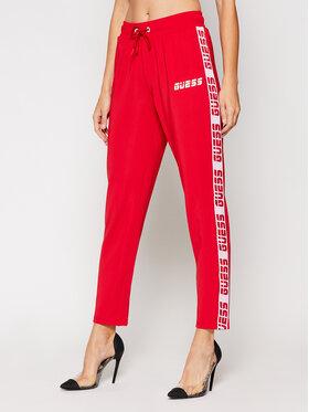 Guess Guess Teplákové nohavice O0BA94 FL032 Červená Regular Fit