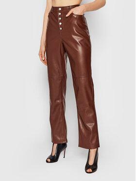NA-KD NA-KD Hose aus Kunstleder Button Closure 1018-007366-0212-581 Dunkelrot Regular Fit