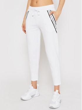 EA7 Emporio Armani EA7 Emporio Armani Pantalon jogging 3KTP68 TJ5FZ 0102 Blanc Regular Fit