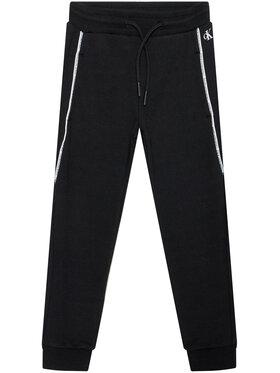 Calvin Klein Jeans Calvin Klein Jeans Teplákové kalhoty Logo Piping IB0IB00711 Černá Regular Fit