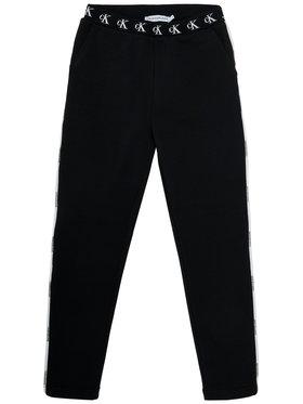 Calvin Klein Jeans Calvin Klein Jeans Долнище анцуг Monogram Str Slim IG0IG00829 Черен Slim Fit
