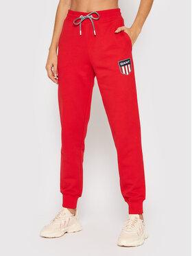 Gant Gant Spodnie dresowe Retro Shield 4204919 Czerwony Relaxed Fit